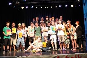 Gruppenfoto mit allen Beteiligten von Make Music 2012