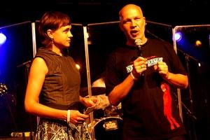 """Volkshilfe-Chef Erich Fenninger bedankte sich beim Publikum und kündigte eine """"Nacht gegen Armut 2013"""" an."""
