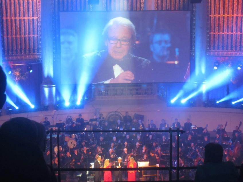Verleihung des Max Steiner Film Music Achivement Award an Lalo Schifrin.