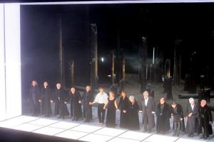 Prinz Friedrich von Homburg im Burgtheater: Gutes Ensemble, gutes Bühnenbild, langweilige Inszenierung.