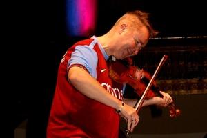 Der 55-jährige Nigel Kennedy ist der Punk unter den Violinsolisten.