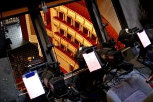 Hinter Gittern: Von hier verfolgen die Lichttechniker das Geschehen auf der Bühne.