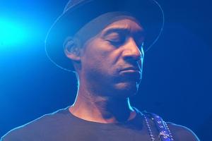 Marc Miller überzeugte im Gasometer als E-Bassist und Komponist.