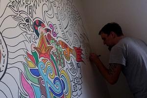 Sein bisher größtes Kunstwerk entstand auf einer Zimmerwand in der Größe von 4,5x2,5 Meter.