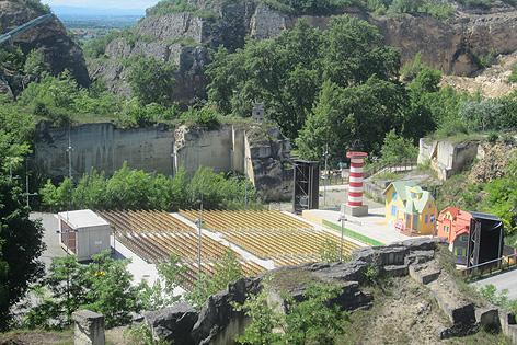 Pippi Langstrumpf steht heuer am Kinderprogramm. Die Villa Kunterbunt ist schon aufgebaut.