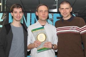 Moderator Clemens Maria Schreiner, KKK-Sieger 2014 Rudi Schöller und Showact Michael Eibensteiner